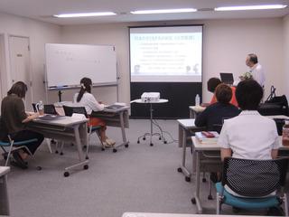 草川先生講義01.jpg
